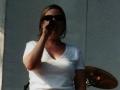jill singing in sunglasses